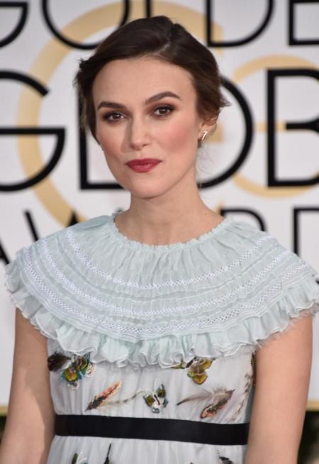Keira Knightley, la embarazada de Chanel en los Globos de Oro 2015