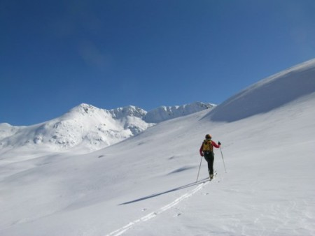 Esquí de fondo para perder grasa y ganar músculo
