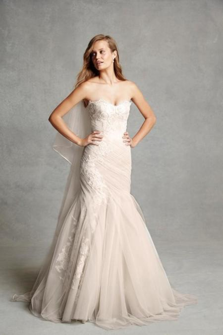 monique-lhuillier-bliss-wedding-dresses-2015-2.jpg