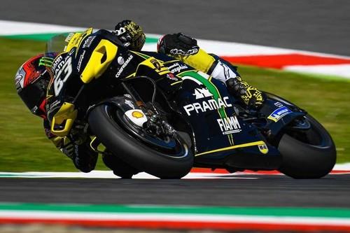 Pecco Bagnaia sorprende en Mugello y marca el mejor tiempo de MotoGP con los favoritos tapados