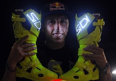 Antonio Cairoli estrena botas luminosas SIDI en el arranque del mundial