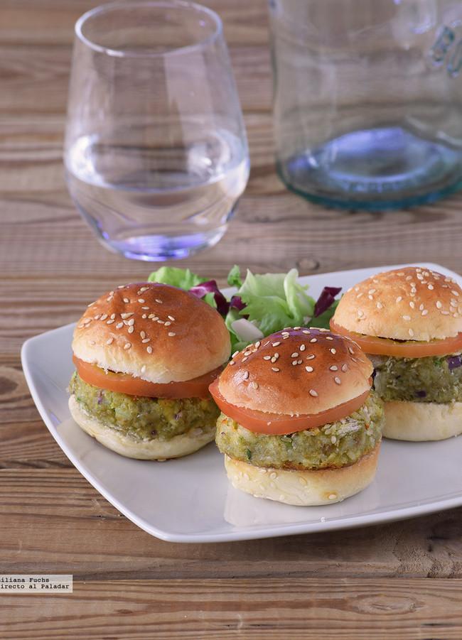 mini hamburguesas de quinua y aguacate