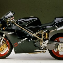 Foto 67 de 73 de la galería ducati-panigale-v4-25deg-anniversario-916 en Motorpasion Moto