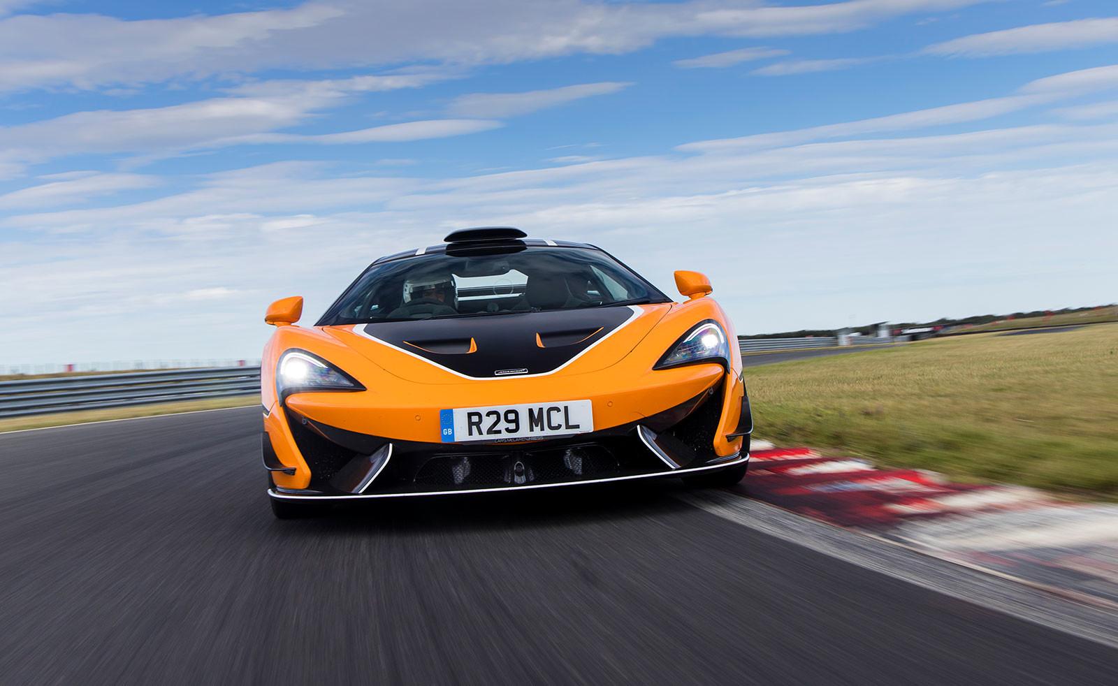 Foto de McLaren 620R Pack R (1/10)