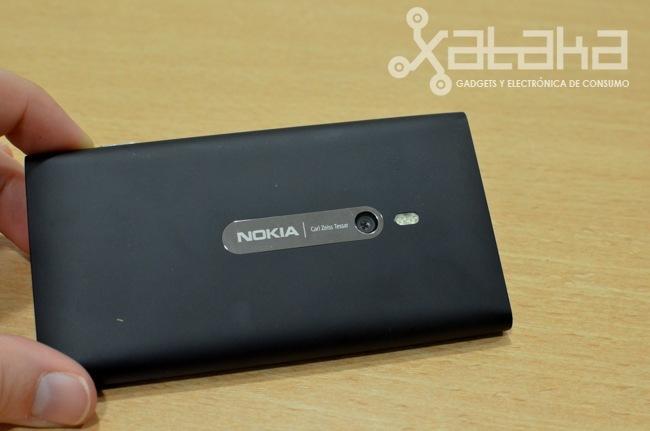 Foto de Nokia Lumia 800 prueba hardware (11/15)