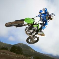 Foto 2 de 42 de la galería nueva-kawasaki-kx450f-2013-de-la-experiencia-del-ama-supercross-y-motocross-a-tu-garaje-accion en Motorpasion Moto
