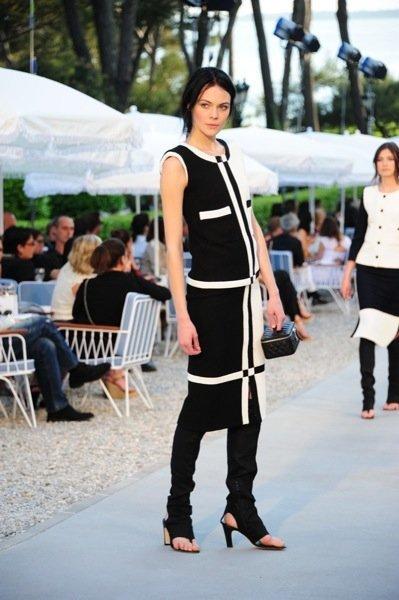 Colección Chanel Crucero 2012 blanco y negro
