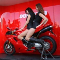 Foto 3 de 35 de la galería las-pit-babes-de-estoril-en-una-ducati-1098 en Motorpasion Moto