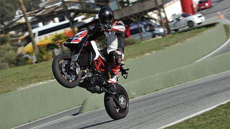 MotoGeo: las Ducati Hypermotard e Hypermotard SP en Ronda, Málaga