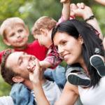 Los tiempos cambian: el 42,5% de los bebés nacen de parejas no casadas