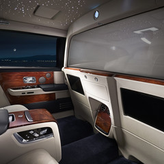 rolls-royce-phantom-privacy-suite