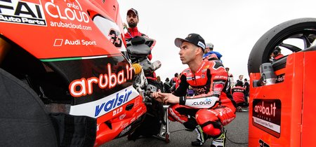 """Marco Melandri: """"Aún puedo mejorar algunos detalles de la Ducati para la carrera de mañana"""""""