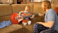 'Rocksmith'. Simpático vídeo con un bebé tocando la guitarra