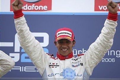 Lewis Hamilton gana en Nurburgring