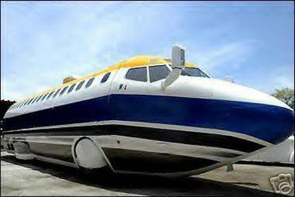 Un Boeing 727 homologado para circular por carretera