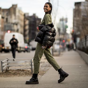 El street style nos deja las mejores ideas para lucir nuestros outfits casual de invierno con botas militares
