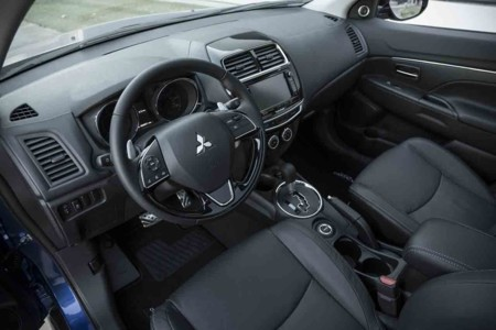 Mitsubishi Outlander Sport 10