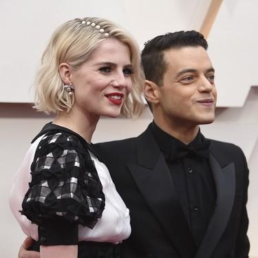 Lucy Boynton nos enamora con su peinado (no tanto con su look) en la alfombra roja de los Premios Oscar 2020