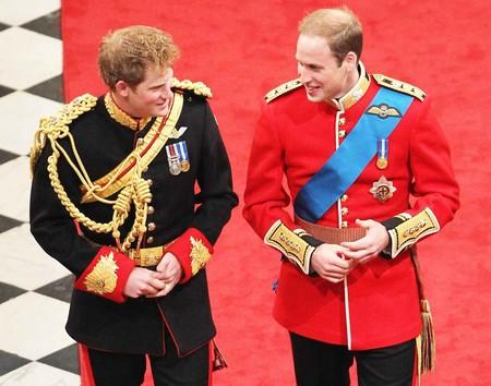 Y pensando en el novio, así es como podría vestir el Príncipe Harry el día de su boda