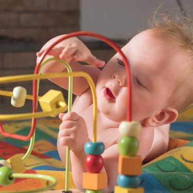 11 juguetes imprescindibles para el bebé en su primer año de vida