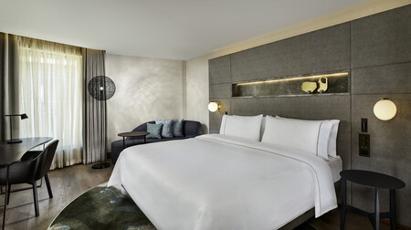The Westin London City Guestroom 2