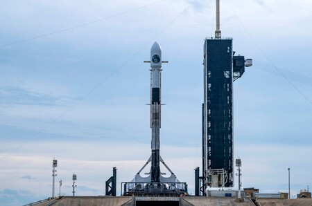 SpaceX quiere evitar otra explosión: posterga el lanzamiento del Falcon 9 que llevaba un satélite espía