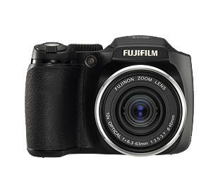 Fujifilm FinePix S5700, con zoom 12x