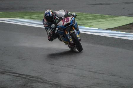 Álex Márquez asombra en Motegi y se lleva su tercera victoria. Xavi Vierge consigue su primer podio