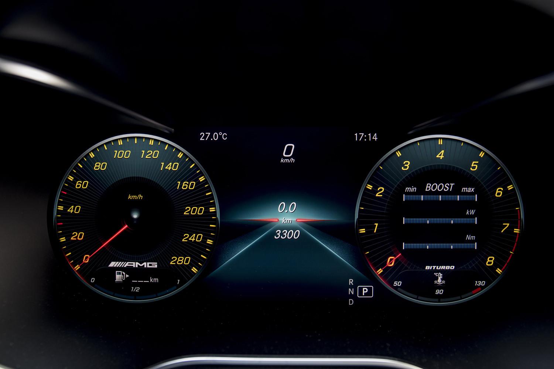 Foto de Mercedes-Benz Clase C 2018, toma de contacto (221/255)