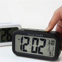Reloj despertador LED Hito por 2,29 euros
