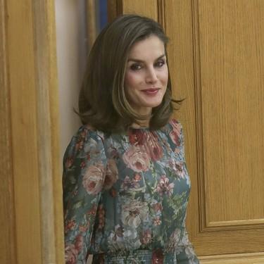 La Reina Letizia es la más rápida en estrenar este nuevo vestido de Zara