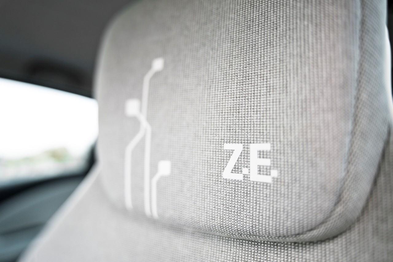 Foto de Renault ZOE (47/151)