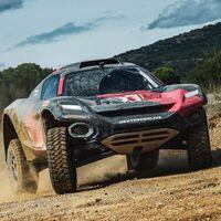 Carlos Sainz planea competir en la Extreme E, un salvaje Dakar eléctrico, y no será la única estrella presente