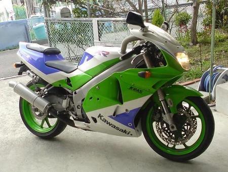 Kawasaki ZXR250R
