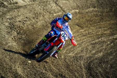 Dovizioso Red Bull Motocross