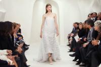 Vestido de cola blanco Christian Dior Alta Costura Primavera-Verano 2014