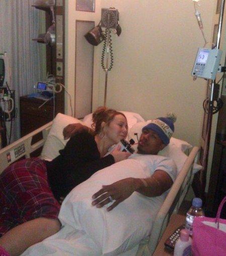 Lo de Mariah Carey y su maridito en Twitter es de coña... #PrayForNick