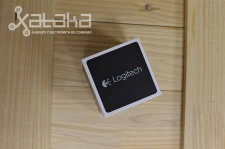 Logitech Cube caja