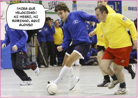 Alonso se pone las botas