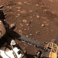 Dos micrófonos capturaron el sonido de Marte: así se escuchan sus ráfagas de viento y las llantas del Perseverance paseando sobre él