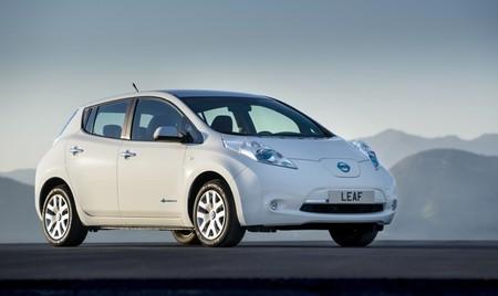 ¿Cuánto CO₂ por km emite un coche eléctrico en España?