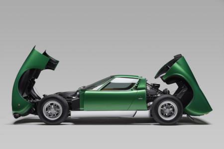 Alucinarás con el primer Lamborghini Miura SV restaurado por PoloStorico