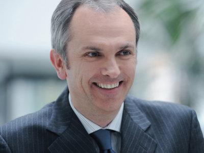 Guardián de 202.800 millones de dólares: perfil de Luca Maestri, director financiero de Apple