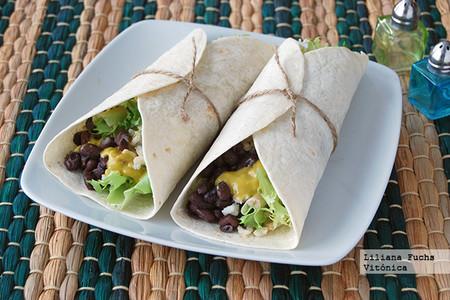 Burritos Vegetarianos De Alubias Negras Con Arroz Integral
