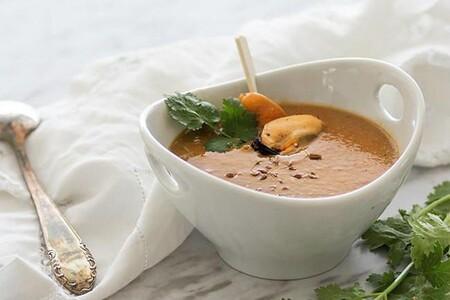 Crema De Mejillones Con Manzana Y Cilantro
