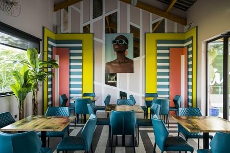 Canbún, un espacio lleno de color diseñado por Alberto Aranda
