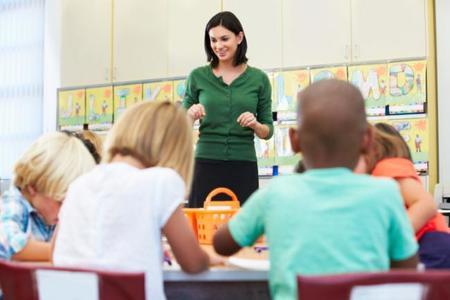 """La carta de una profesora de física """"cabreadísima"""" con sus alumnos reabre el debate de la educación en nuestro país"""