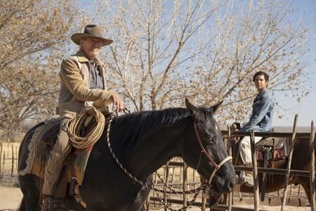 'Cry Macho': Clint Eastwood presenta un inofensivo drama fronterizo para despedir al héroe cansado