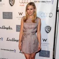 El look recatado de Kristen Bell: un vestido apto para cualquier evento