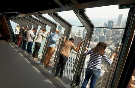 Tilt, la nueva atracción vertiginosa de Chicago